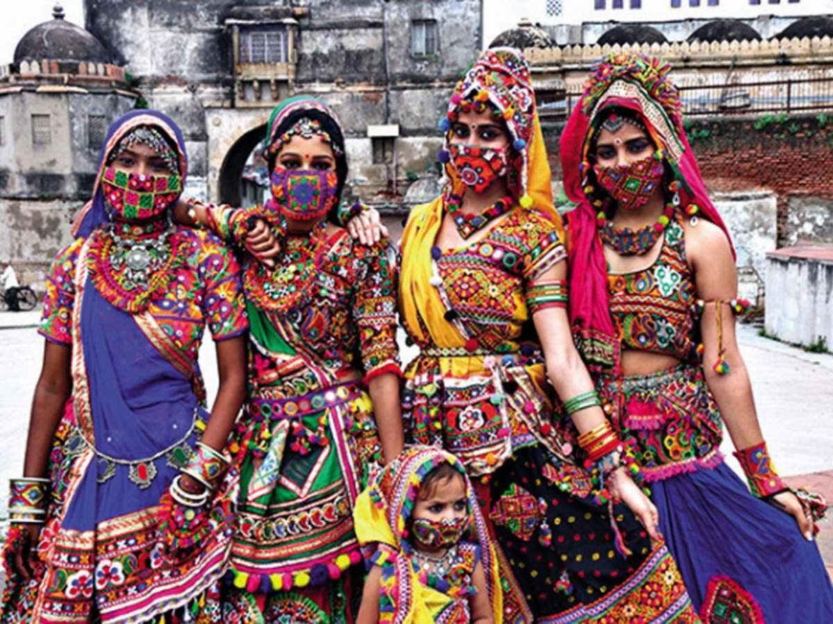 Garba 2020: See Garba Dance In Extraordinary PPE Costume In Gujarat